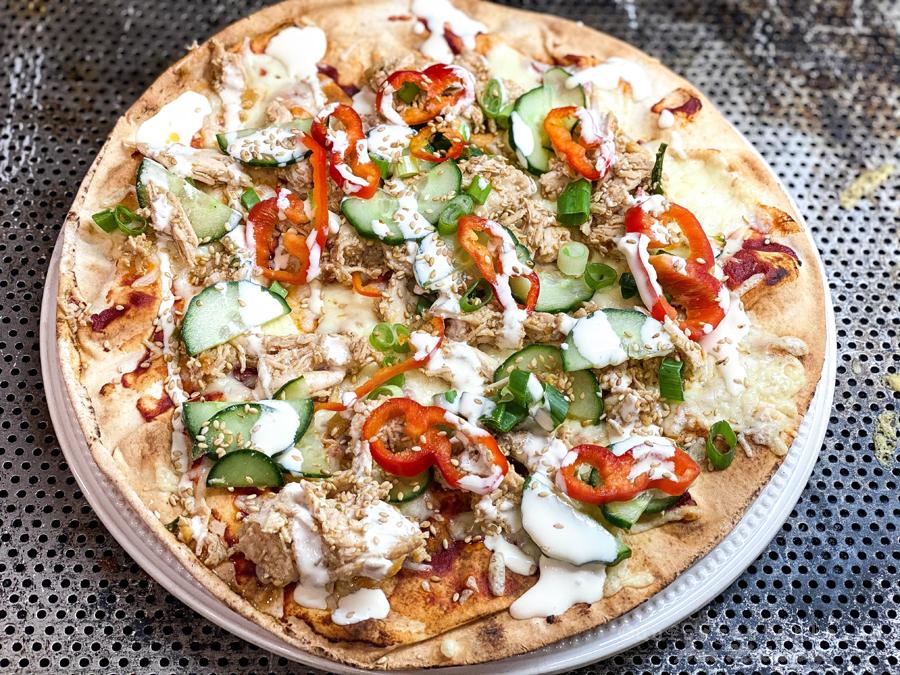 Libapizza med bang bang kyckling